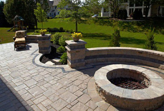 Outdoor Living and firepit with Unilock Avante Ashlar and Series 3000