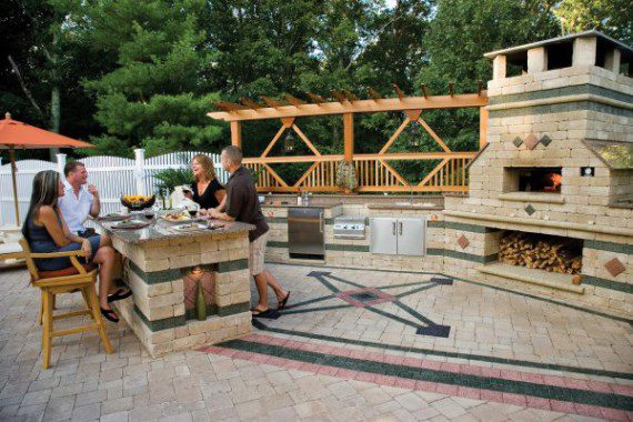 Outdoor Living Pool Deck and kitchen featuring Brussels Block paver