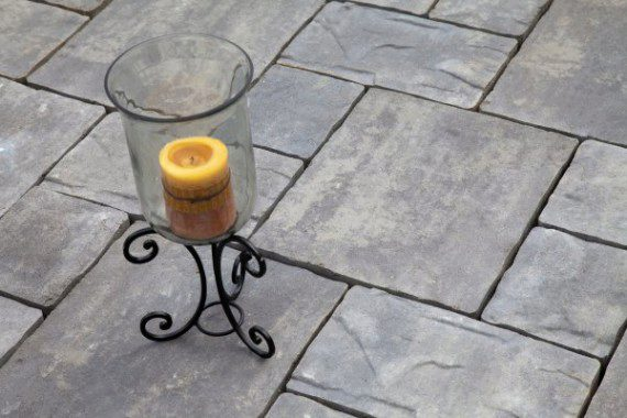 Closeup of paver patio by Unilock with Thornbury